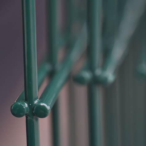 2d porfestett táblás kerítés közelről